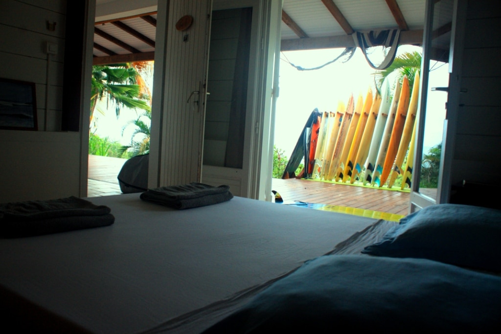 hebergement room villa location pepelle bliss martinique 972 surfschool logement studio 972 ocean view caravelle surfcamp