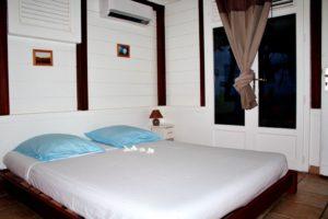 hebergement room villa location pepelle bliss martinique 972 surfschool logement studio 972 ocean view